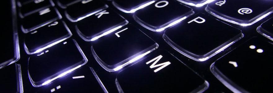 la clavier d'un ordinateur